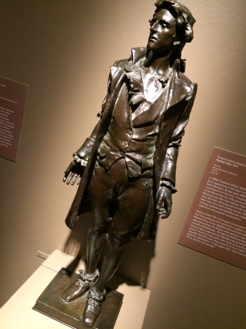 Nathan Hale Sculpture
